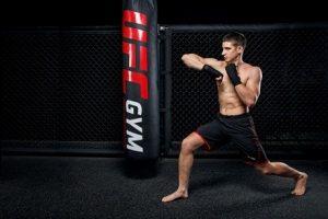 Bí quyết tăng sức mạnh cánh tay từ các võ sĩ chuyên nghiệp