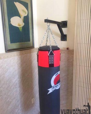 Giá treo bao cát gắn tường tập boxing chữ V