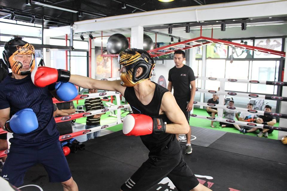 Những điều cần biết khi lựa chọn quần áo tập kickboxing – Nơi bán quần boxing uy tín