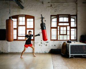 3 Cách luyện võ tại nhà ai cũng nên biết để rèn luyện sức khoẻ
