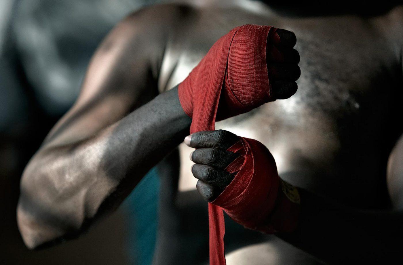 Cùng Vua Võ Thuật tìm hiểu băng quấn tay boxing loại nào tốt
