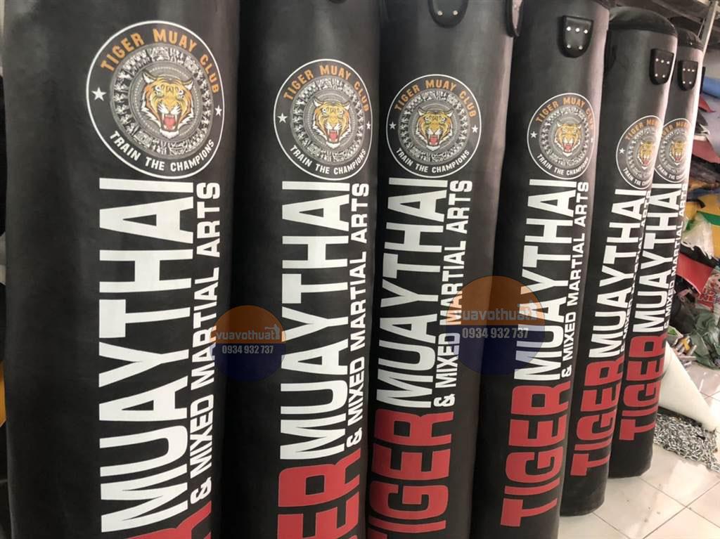 Phòng tập Tiger Muay Club Thủ Đức – TpHCM sôi động ngày nhận 6 Bao cát mới